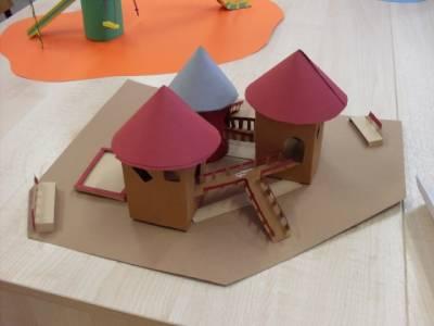 Как сделать макет детской площадки из бумаги своими руками 3